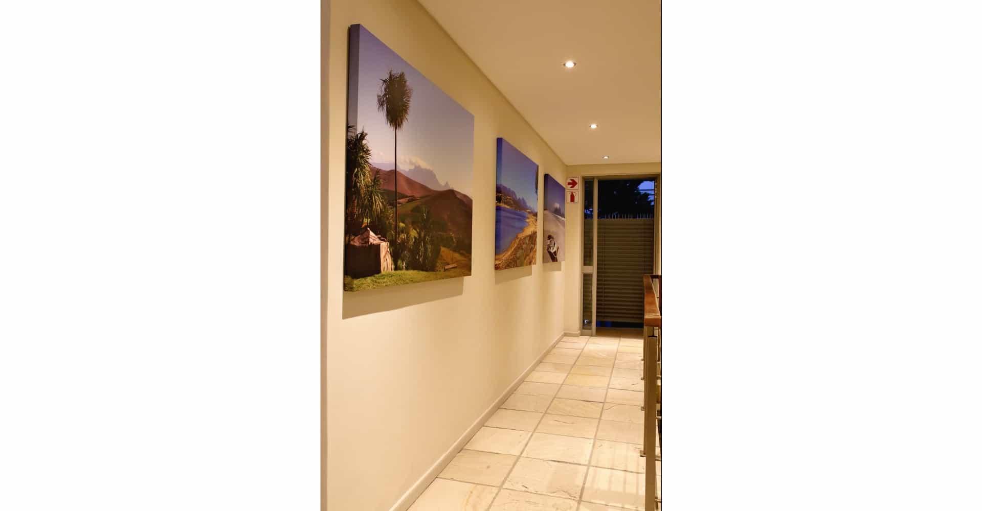 Flur und Bildergalerie im Da Heim Guesthouse