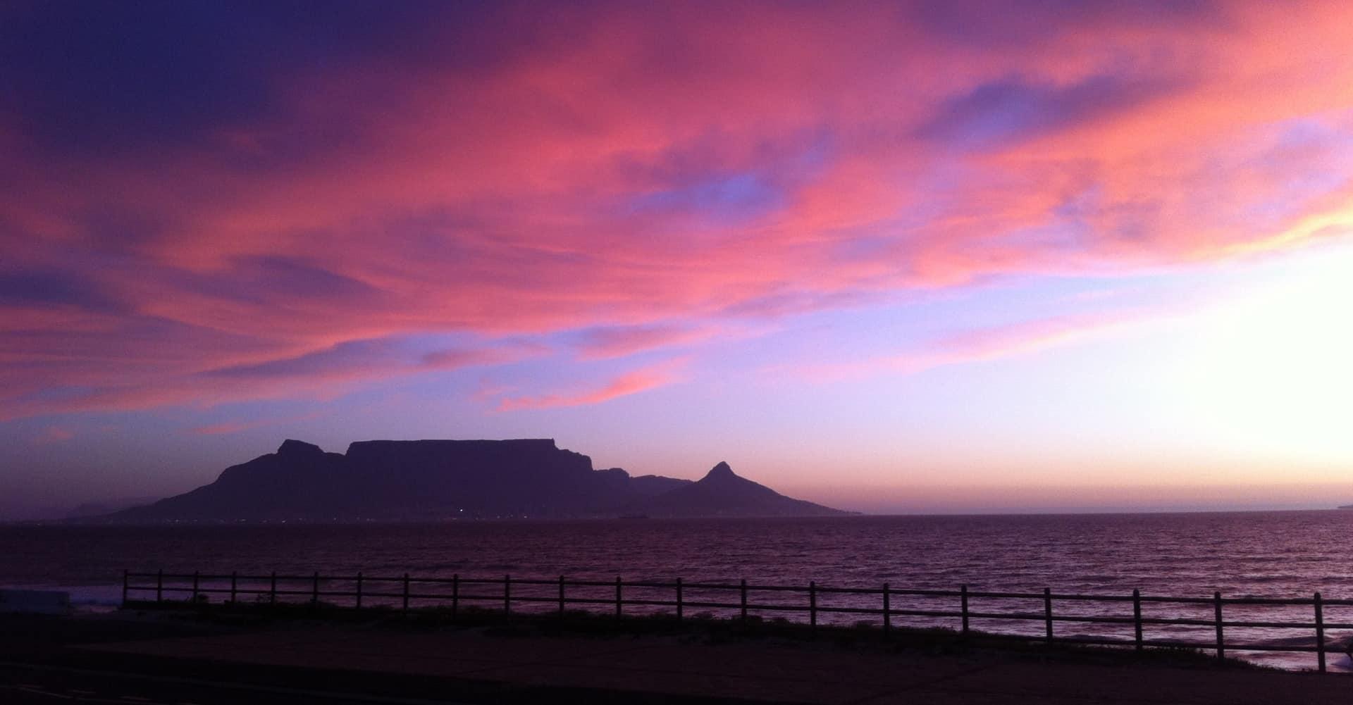 Sonnenuntergang Tafelberg Kapstadt - sunset at table mountain cape town